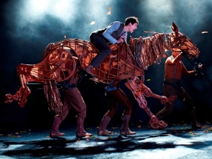 WAR HORSE West End Cast