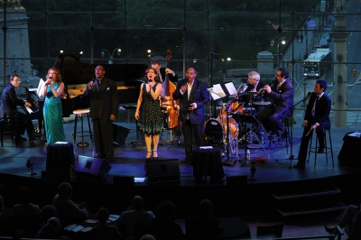 Christiane Noll, Quentin Earl Darrington, Karen Ziemba, Allan Harris and Michael Feinstein (l-r)