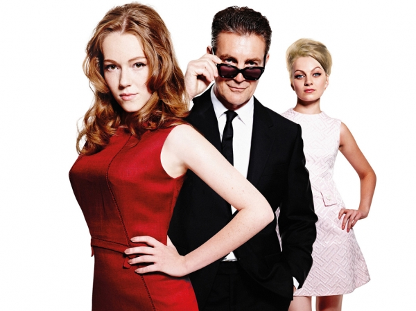 (l to r) Charlotte Spencer as Christine Keeler, Alexander Hanson as Stephen Ward and Charlotte Blackledge as Mandy Rice Davies